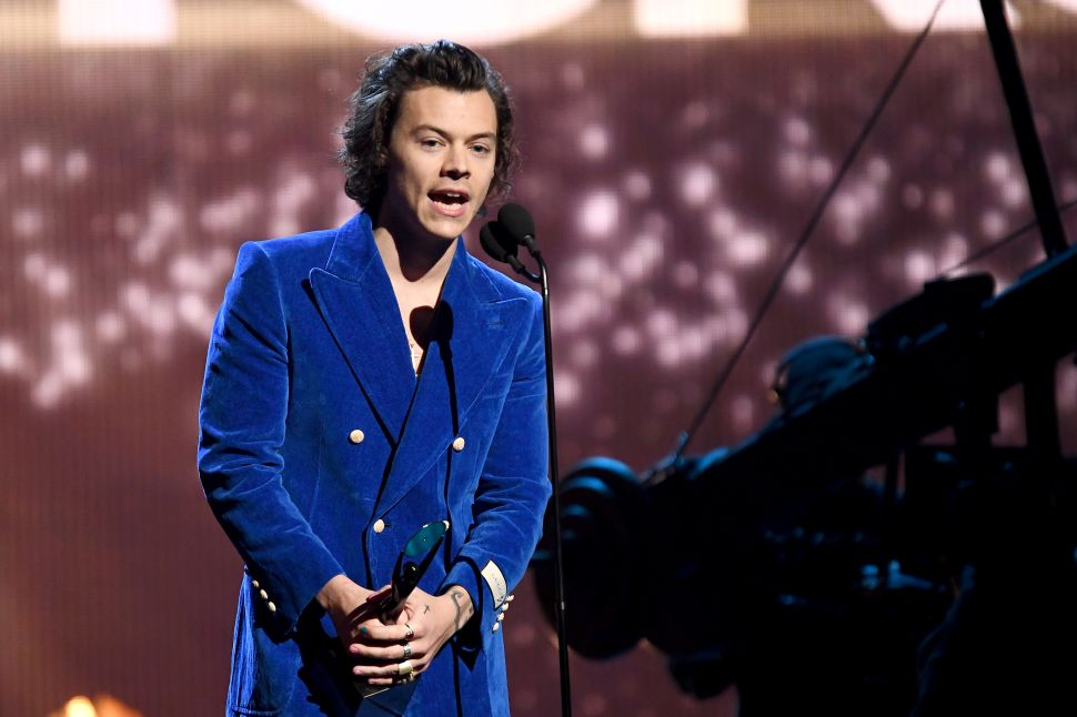 Harry Styles Is Taking a Loss on His Hollywood Hills Home