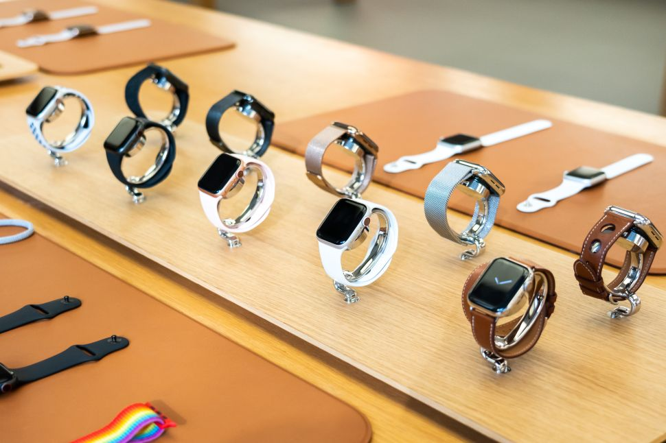 Apple Watch's Revenue Spike Solidifies the Dominance of Health Tracking