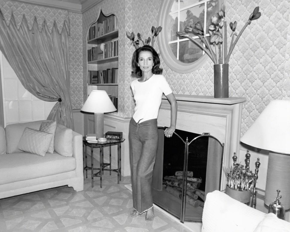 Lee Radziwill's Upper East Side Apartment Found a $4.9 Million Buyer