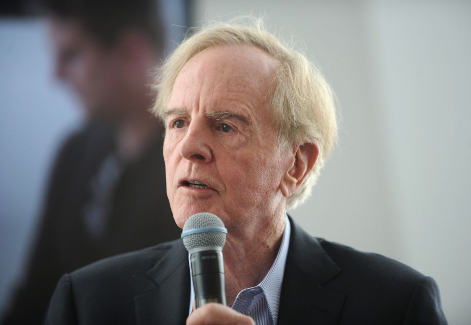 Former CEO John Sculley Calls iPhone Decline Apple's 'Biggest Problem'