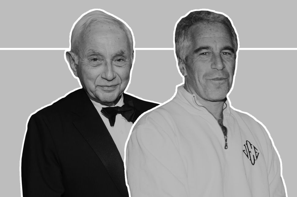 Les Wexner Denies Knowledge of Esptein's Sex Trafficking—But No One Believes Him