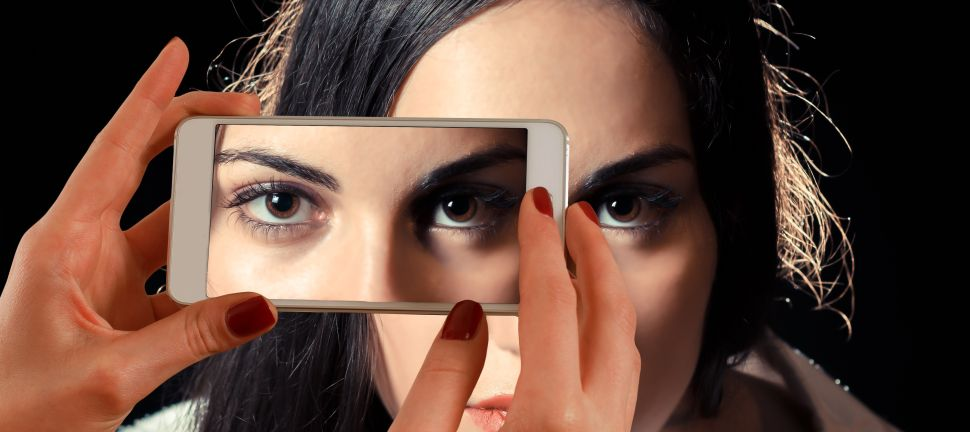 The Dark Truth Behind Photo Editing Apps That 'Perfect' Your Appearance