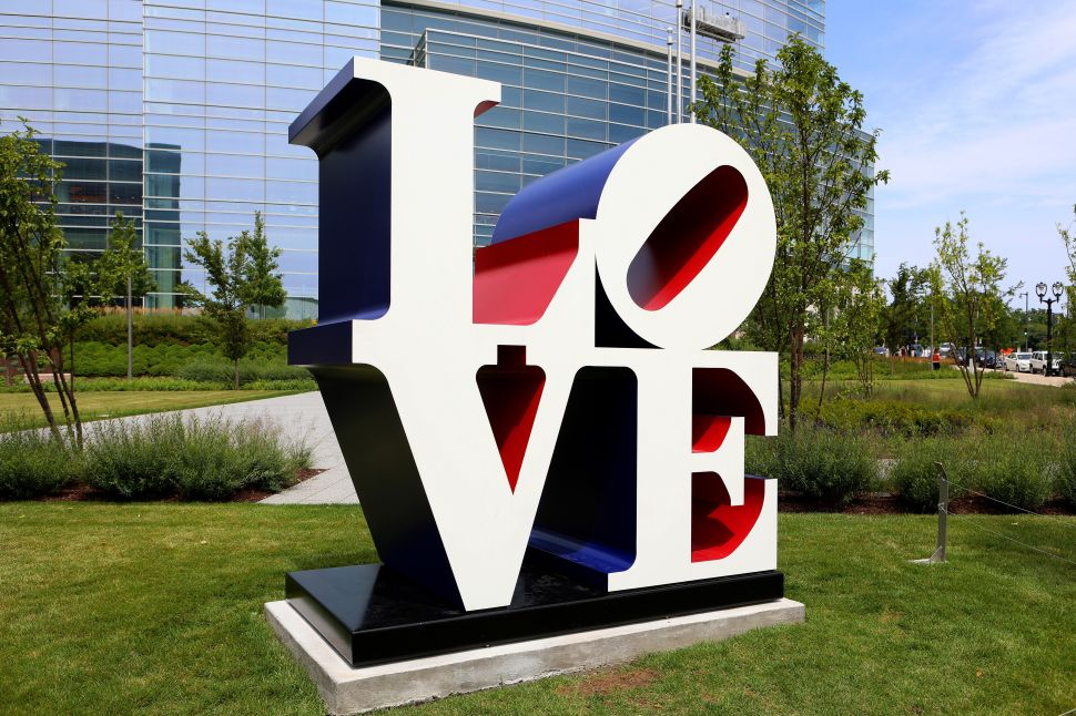 Robert Indiana's Former Caretaker Let the Artist Live in Filth, His Estate Claims