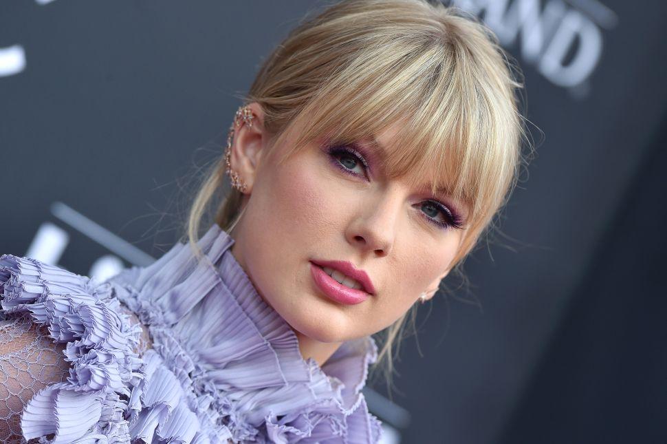 Taylor Swift Wants a $30 Million London House to Share With Joe Alwyn