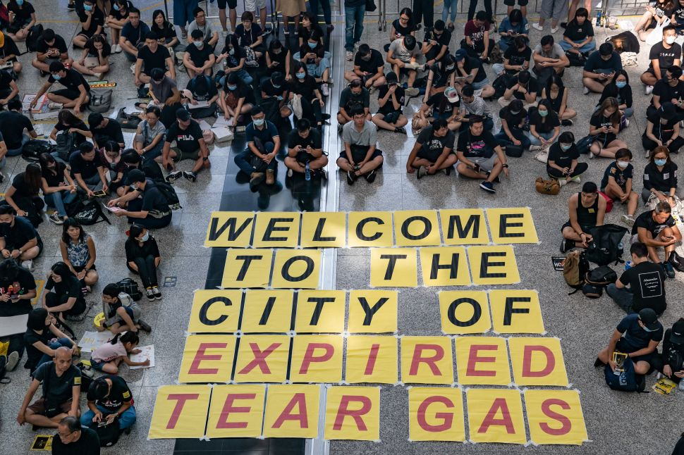 Hong Kong Airport Protesters Are Using Art to Voice Dissent