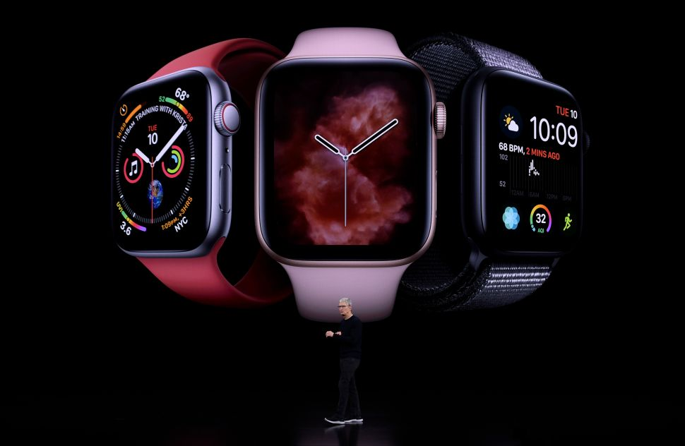 Despite Rumors, the Apple Watch Series 5 Won't Have a Sleep Tracker