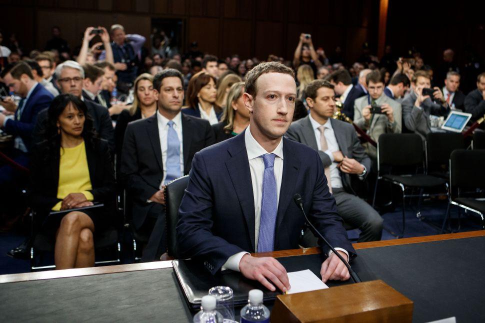 Facebook CEO Mark Zuckerberg Meets With 7 Lawmakers In Secret Washington Visit