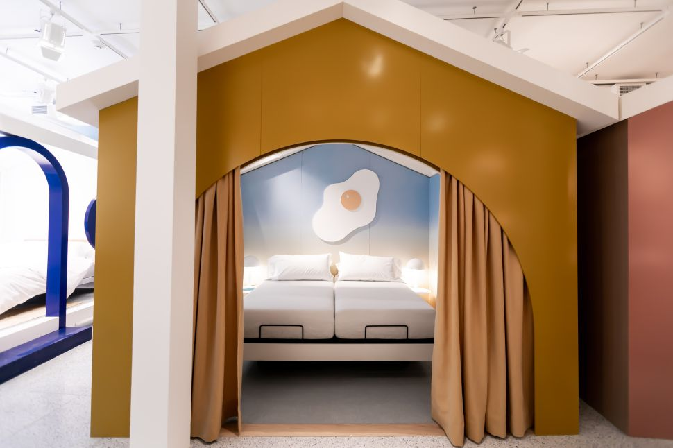 Flipping the Mattress Industry: Why Trendy Sleep Startups Are Opening Physical Stores