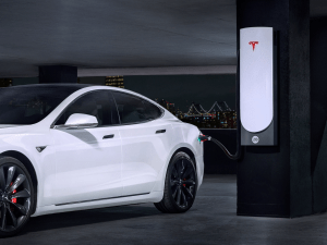 Tesla electric car million-mile battery
