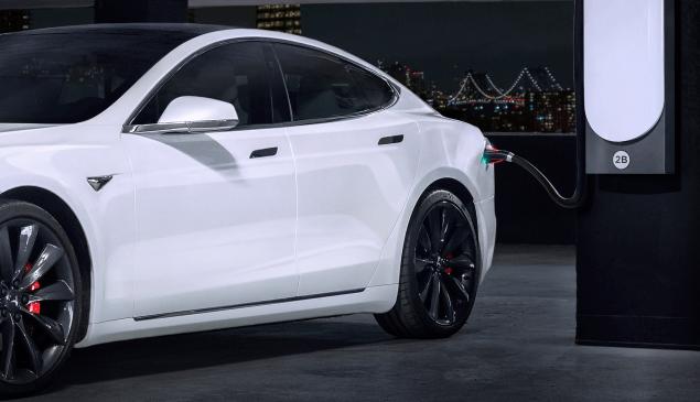 Tesla electric car million-mile battery