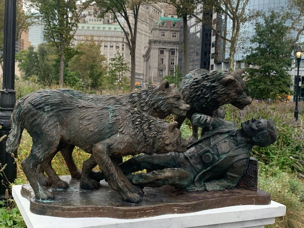 Monument to Victims of NYC's Tourist-Targeting Wolves Erected in Battery Park
