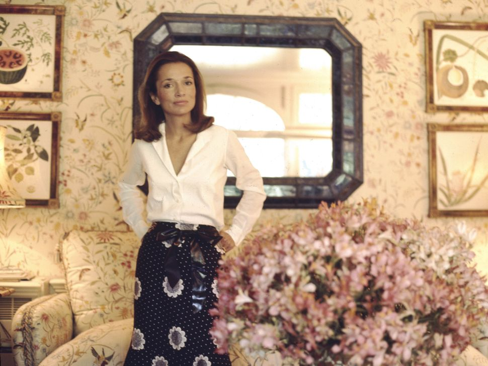Lee Radziwill's Classic Upper East Side Apartment Sold for $4.25 Million