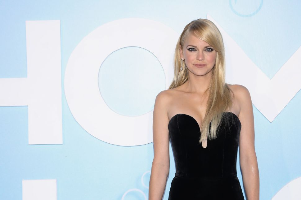 Anna Faris Paid $4.9 Million for an Eco-Friendly Pacific Palisades Home