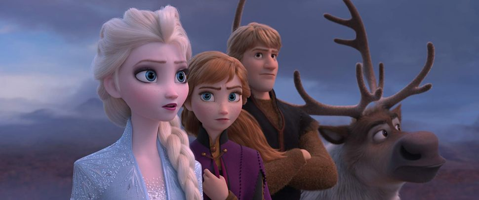 Kristen Bell and Idina Menzel Get Hopelessly Lost in the Woods of 'Frozen 2'