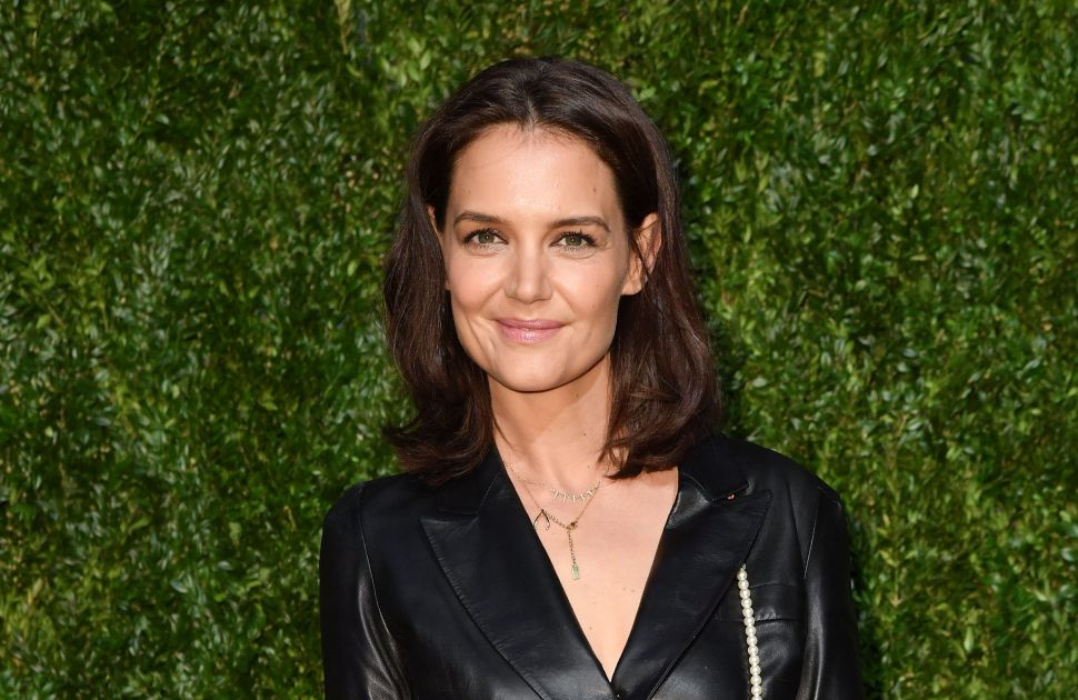 Katie Holmes Wants $4.63 Million for Her Calabasas Mansion