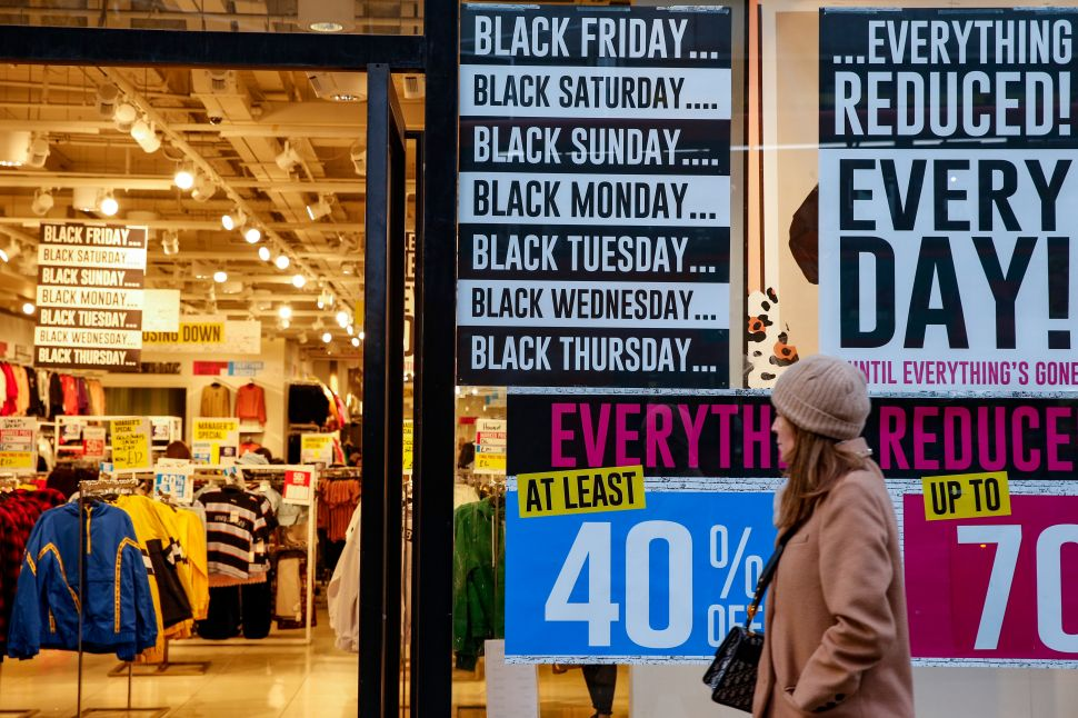 How Retailers Are Competing With Online Shopping This Black Friday