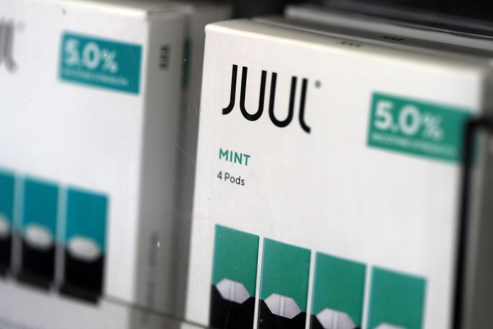 New Study: Discontinued Mint, Mango Juul Pods Were Magic for Quitting Smoking