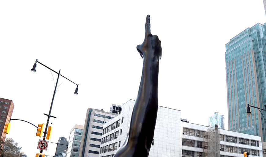 What Critics Are Saying About Hank Willis Thomas' Brooklyn Statue, 'Unity'