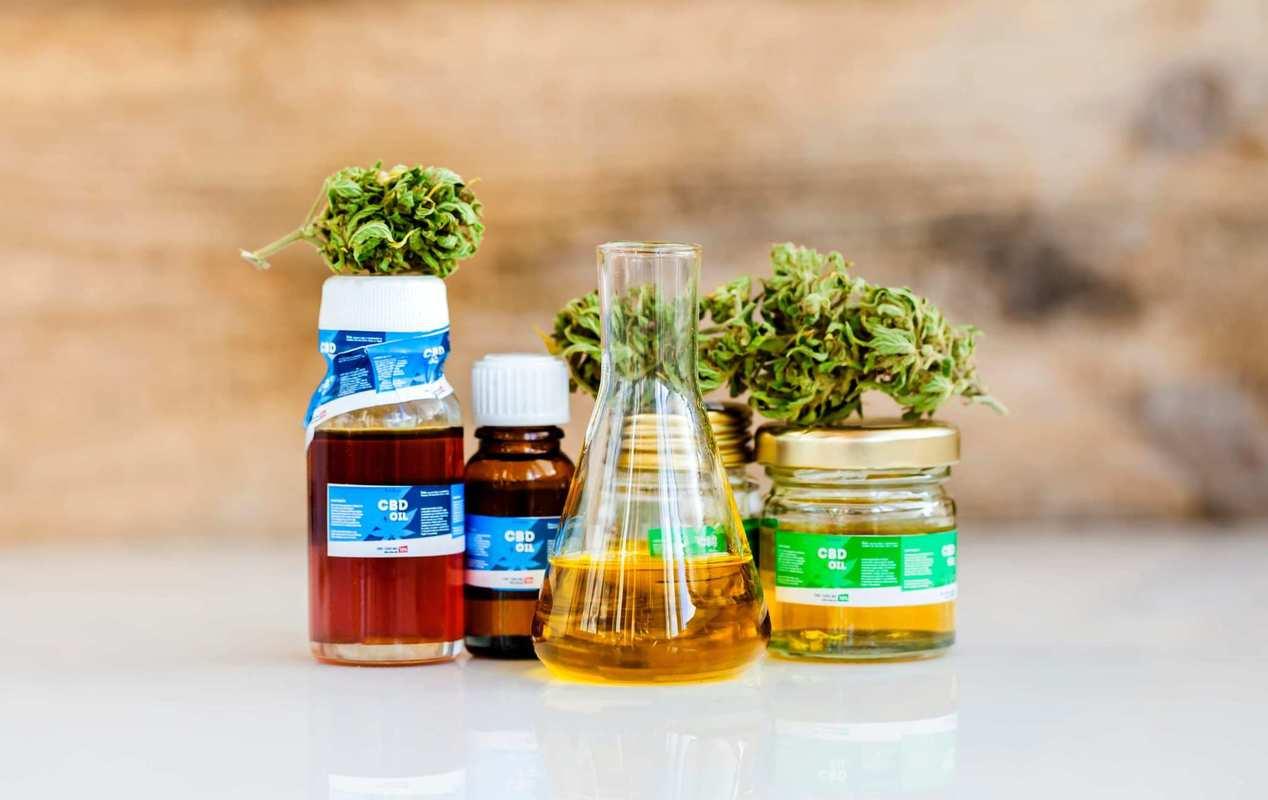 Best CBD Oil for Pain: Top 3 Brands of 2021 | Observer