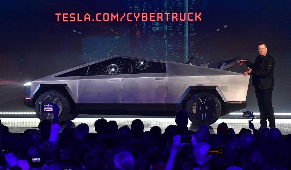 Most Americans Think Tesla's Cybertruck Is Ugly: EV Survey