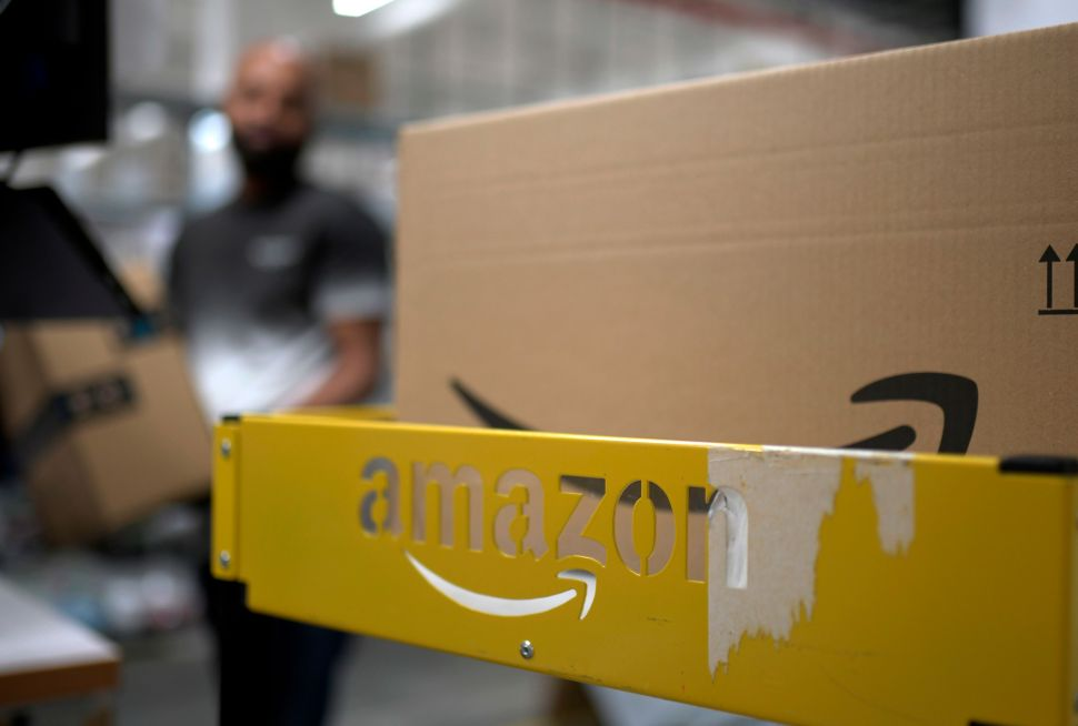 The 'Amazon's Choice' Badge Continues Show Up on Questionable Items