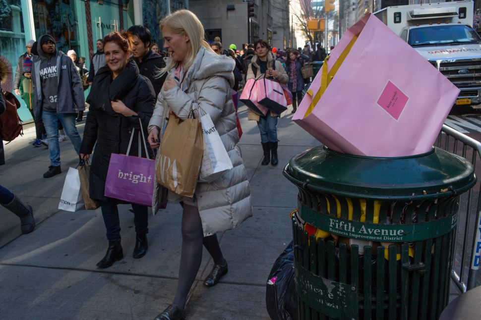 Post-Holiday Return Craze: Most Americans Don't Like Their Christmas Gifts