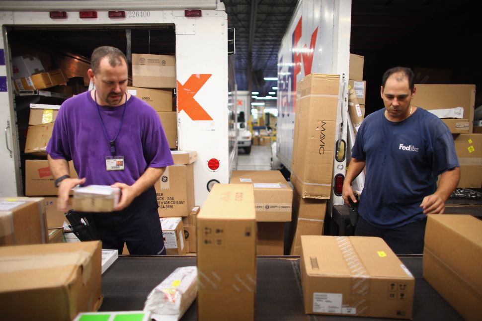 Amazon vs. FedEx Drama Continues With Holiday Shipping Debacle