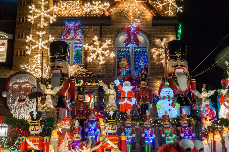 This Brooklyn Neighborhood Is a Con Edison Christmas Wet Dream