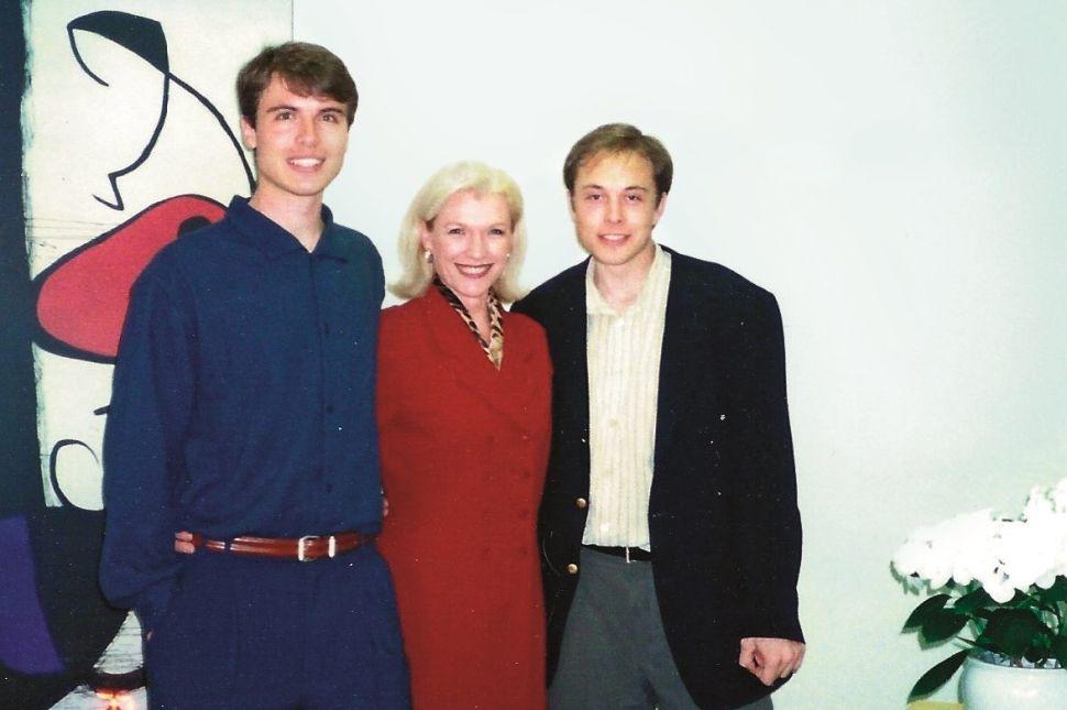 Kimbal Musk (L), Maye Musk and Elon Musk in 1996.