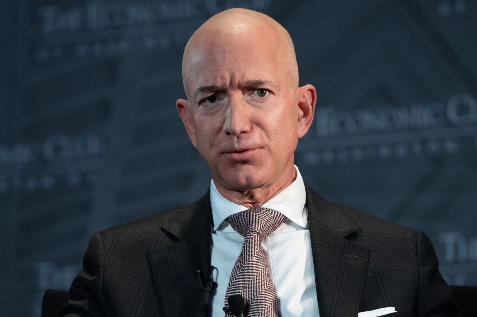 Jeff Bezos' Space Trip Leads to 60K People Asking to Deny His Return