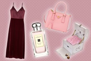 Best Valentine S Day Gift Ideas For Her What To Get Chic Women 2020 Observer