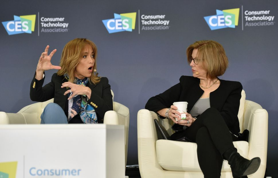 Apple, Facebook Make Rare Appearances at CES 2020 to Brag About Privacy