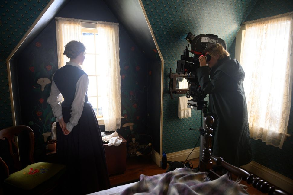 'Little Women' Stars React to Greta Gerwig's Best Director Snub