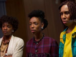 Yaani King Mondschein, Elle Lorraine, and Lena Waithe in Bad Hair