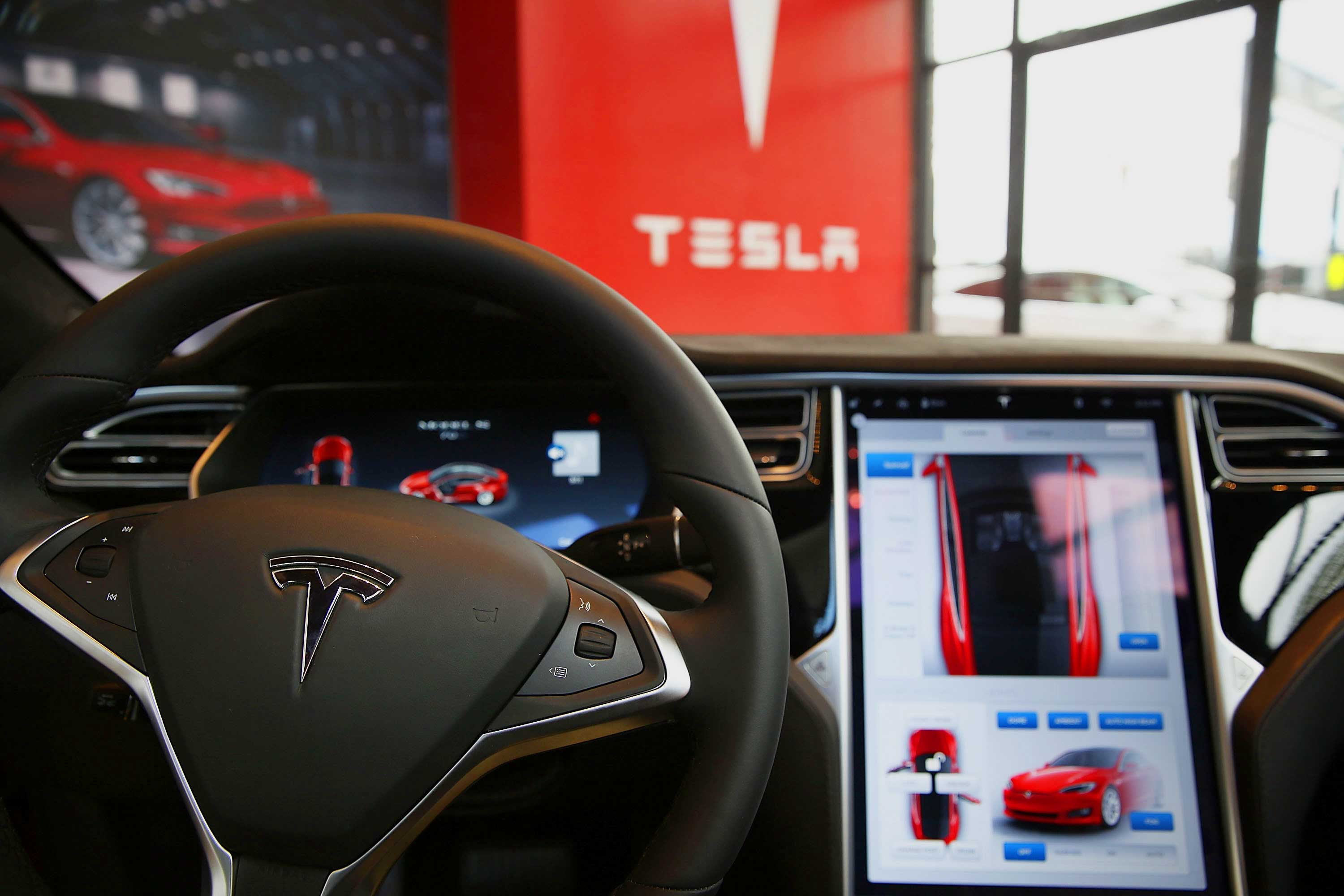 Tesla Jailbreaking: How to Combat Software Updates That Are Removing Car Features