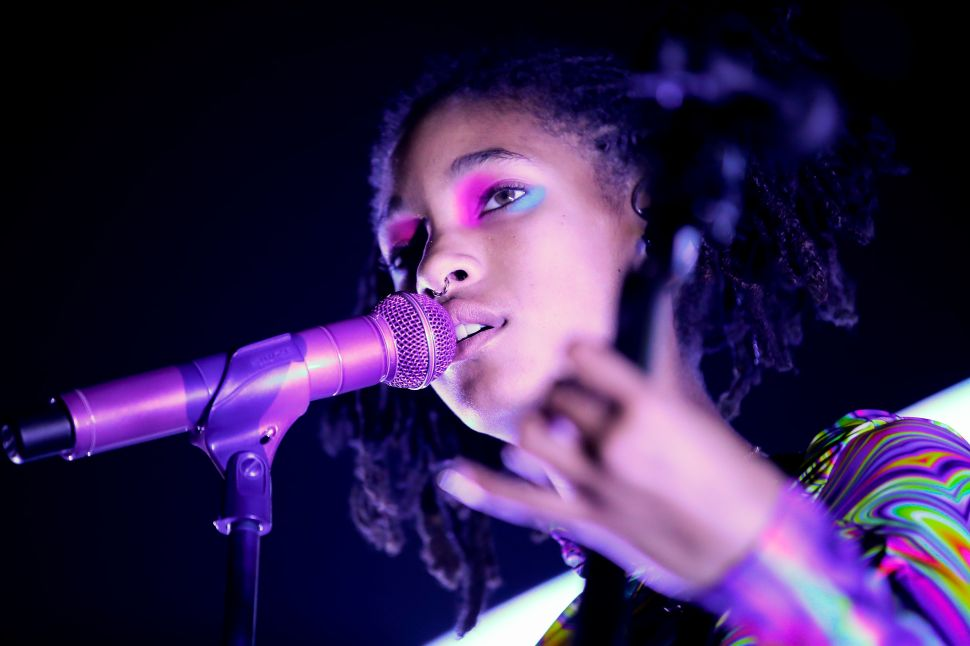 Willow Smith Is Promoting Her New Album by Living in a Box for 24 Hours at LA MOCA