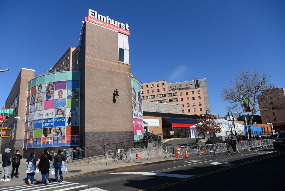 New York Photographers Are Selling Prints to Raise Money for Elmhurst Hospital