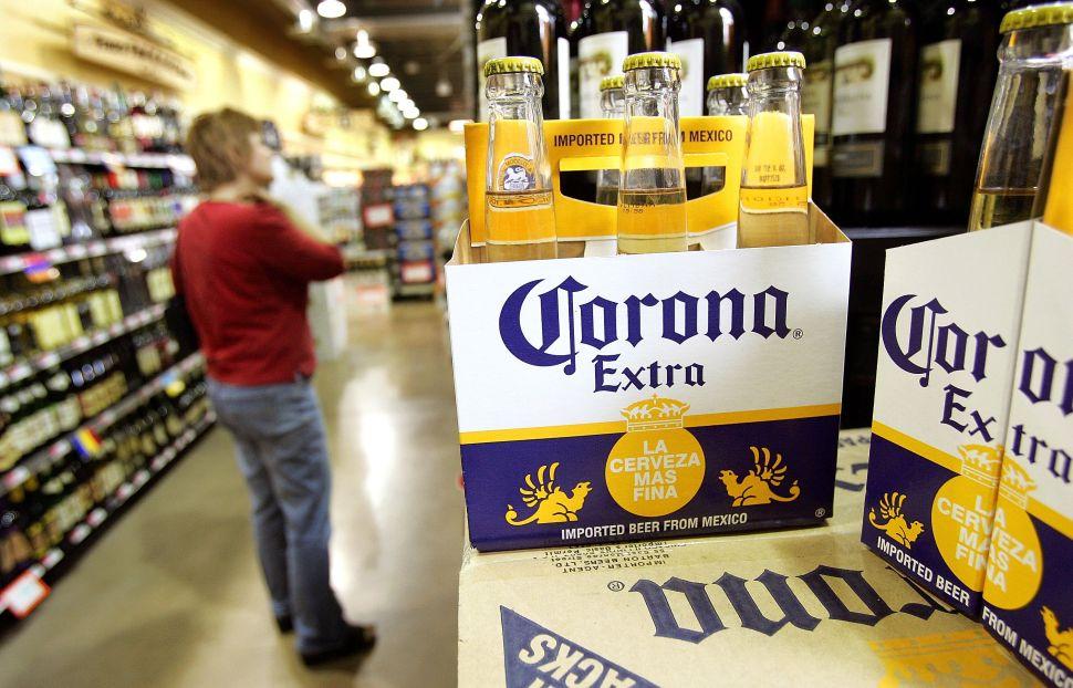 Corona Beer, a Darling of Coronavirus Memes, Halts Production in Mexico