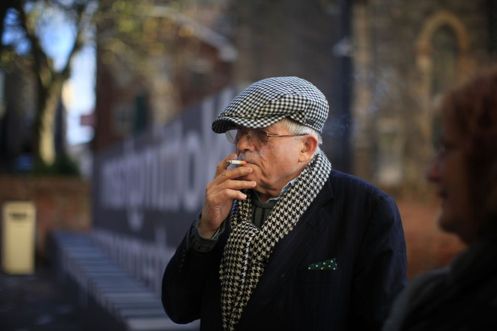 David Hockney Says Smokers Have Developed an 'Immune System' Against Coronavirus