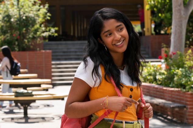 Maitreyi Ramakrishnan as Devi Vishwakumar in the first episode of Never Have I Ever