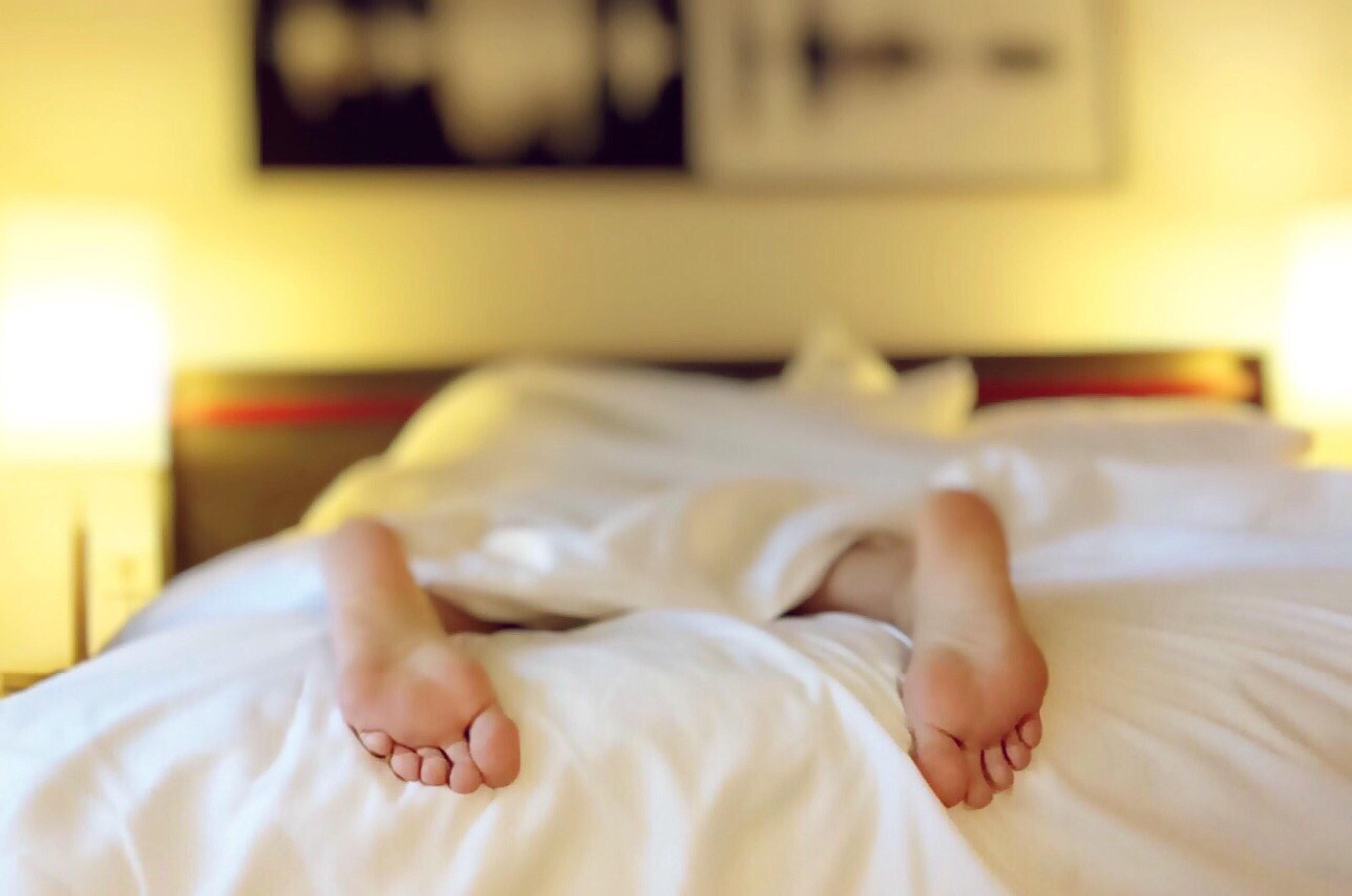 alone-bed-bedroom-blur-271897