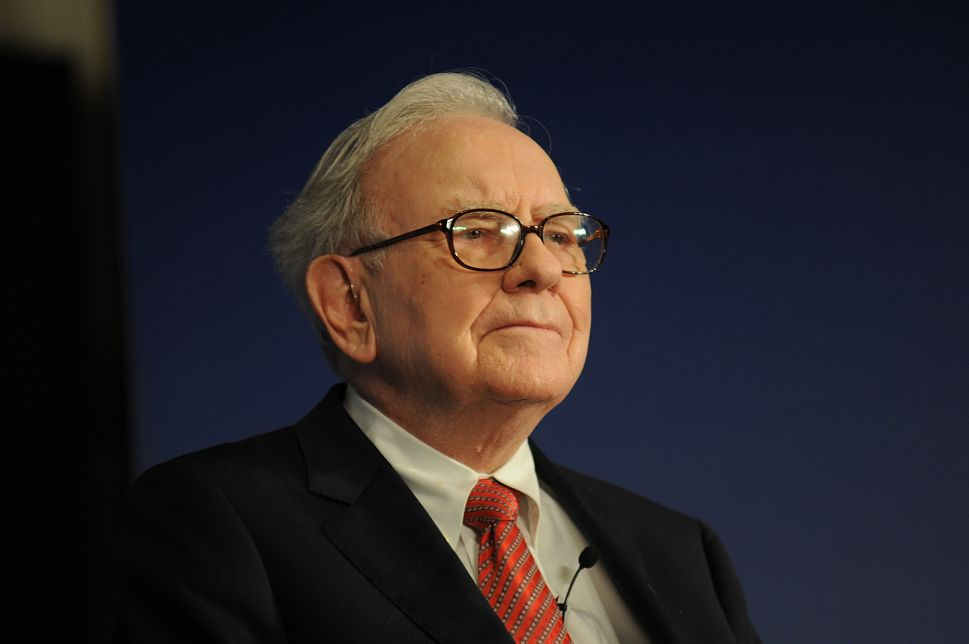 Warren Buffett, Challenged by Bill Murray, Speaks Out on Income Inequality