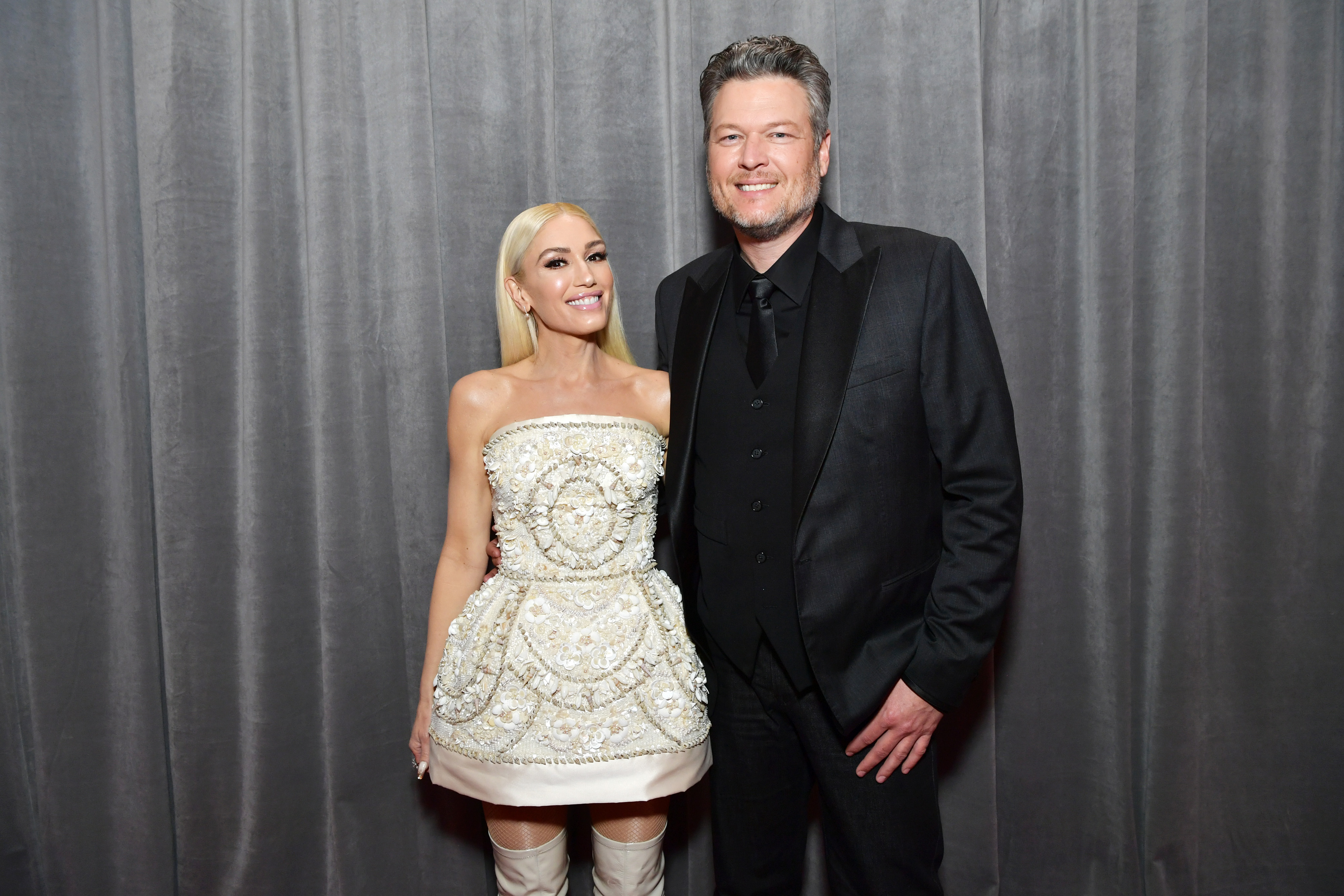 Report: Blake Shelton, Gwen Stefani Want to Marry After Pandemic   2667x4000