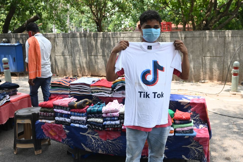 Facebook Tries to Replace TikTok in India As US Advertiser Boycott Worsens