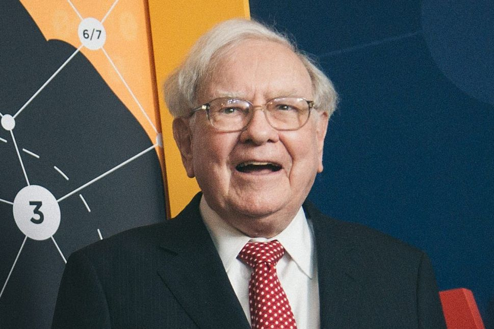 Warren Buffett Makes First Pandemic Purchase, Becomes US's Top Fossil Fuel Polluter