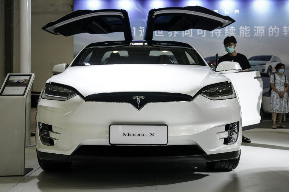 Tesla Stock Surges Towards $2,000 as Fans Turn a Blind Eye to Bad China News