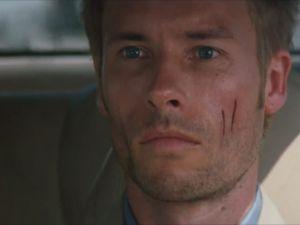 Guy Pearce plays Leonard Shelby Memento Christopher Nolan