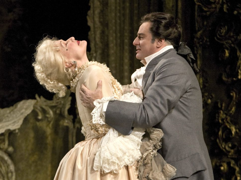 A Diva Two Ways Highlights a Week of Streaming Opera
