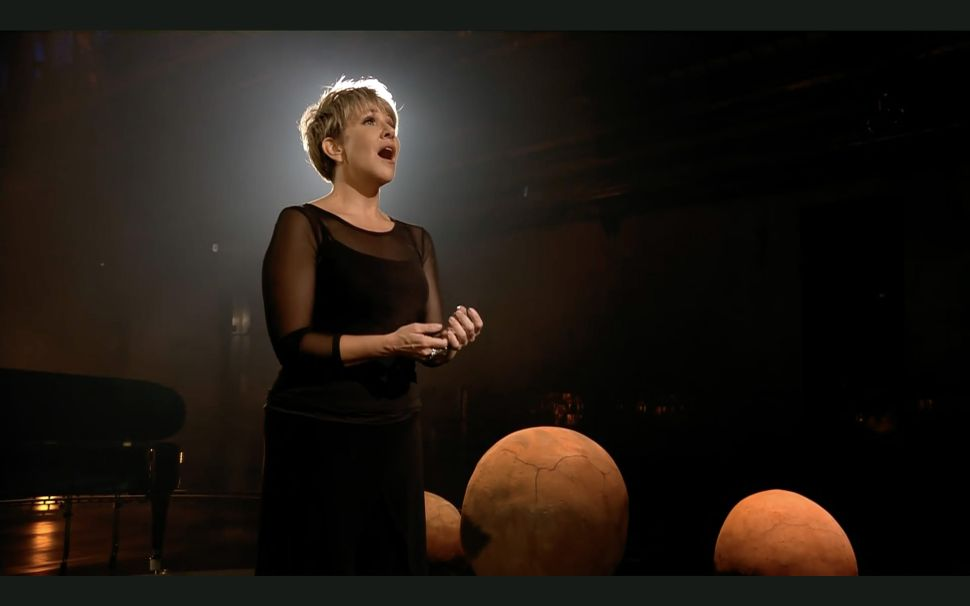 Joyce DiDonato Wins Audiences With an Unconventional Concert for the Met
