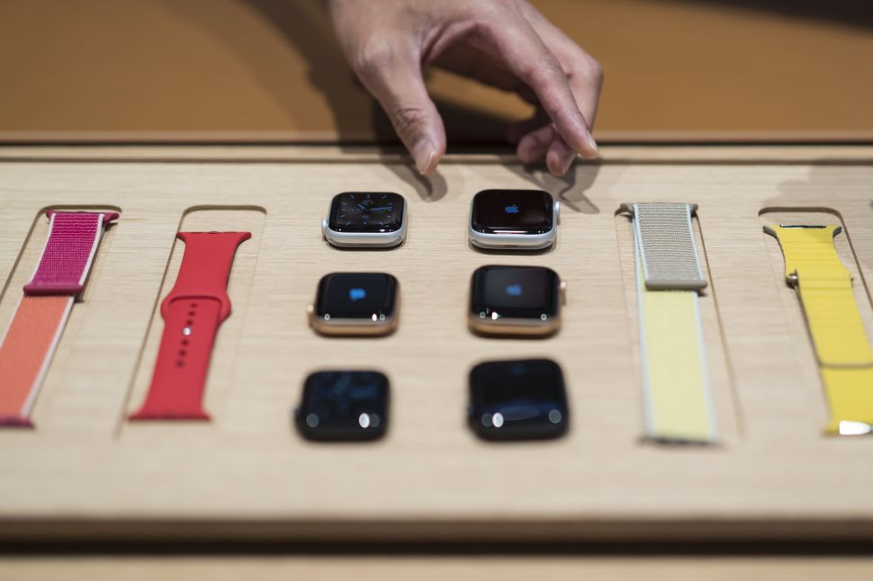 Apple Watch: What You Need to Know About the New Series 6 and SE